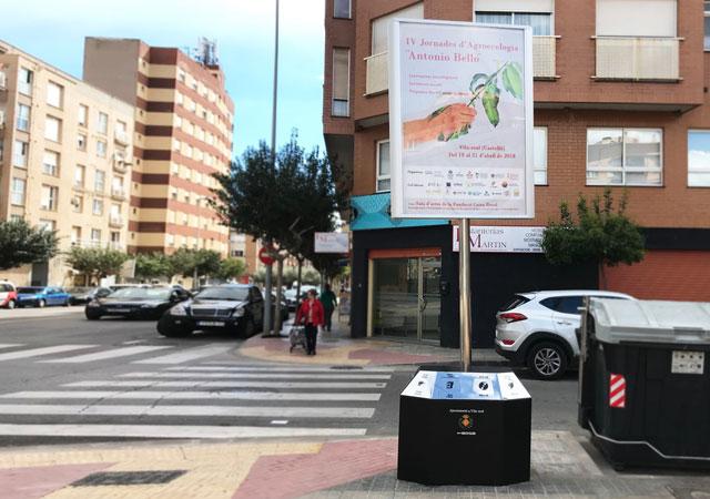 Papelera multi-recycler con soporte publicitario mobiliario urbano R3 Recymed