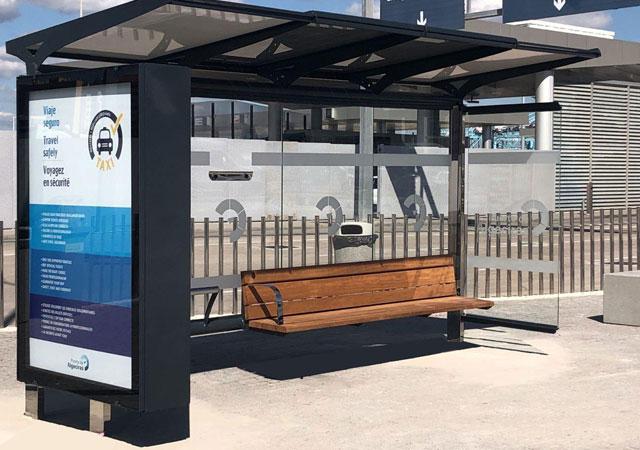Parada de autobus smart city Marquesina solar con cargador USB
